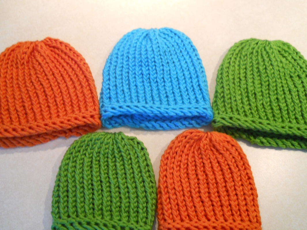 Loom Knit Hat Patterns Free : Loom Knitted Hats & Bows - Knifty Mitts & Knits